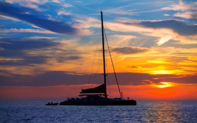 CAN A CATAMARAN REALLY SAIL UPWIND?